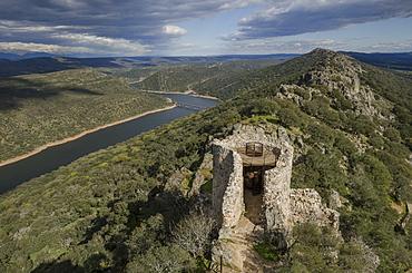 Castillo de Monfrague, Monfrague National Park (Parque Natural de Monfrague), Caceres, Extremadura, Spain, Europe