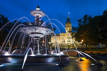 Fontaine de Tourny, Quebec City, Province of Quebec, Canada, North America