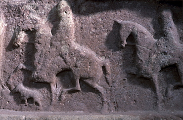 Riders with high-stepping horses and hound, Meigle n°11 (detail), Meigle Pictish Museum, near Forfar, Angus, Scotland, United Kingdom, Europe