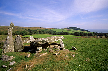 Cairnholy II Chambered cairn dating from the Neolithic Bronze age, near Creetown, Galloway, Dumfries and Galloway, Scotland, United Kingdom, Europe