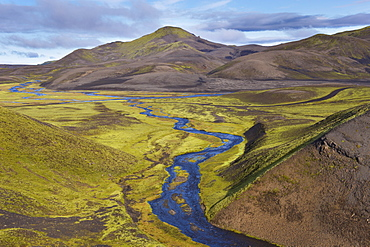 Landscape of the interior from the F-208 route (Fjallabak route north, Nyrdri-Fjallabak) between Holaskjol and Landmannalaugar, south Iceland (Sudurland), Iceland, Polar Regions