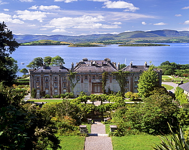 Bantry House dating from 1720, and Italian gardens, Bantry Bay behind, Bantry, County Cork, Munster, Republic of Ireland, Europe