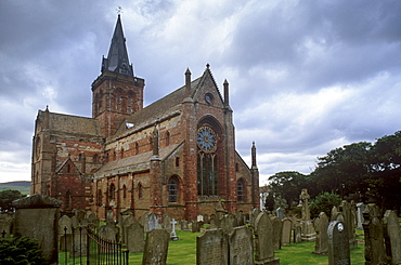 St. Magnus Cathedral, dating from 1137, built of sandstone, and one of the best preserved in Scotland, Kirkwall, Mainland, Orkney Islands, Scotland, United Kingdom, Europe