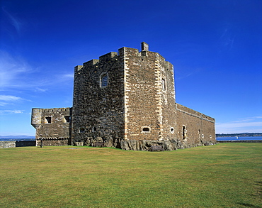 Blackness Castle dating from the 14th century, Blackness, West Lothian, Scotland, United Kingdom, Europe
