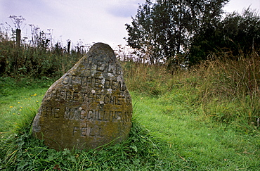 Headstone marking the Well of the Dead, Culloden Moor battlefield, near Inverness, Highland region, Scotland, United Kingdom, Europe