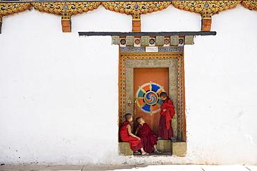 Buddhist monks, Paro Dzong, Paro, Bhutan, Asia