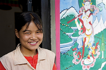 Bhutanese woman, Trongsa Dzong, Trongsa, Bhutan, Asia