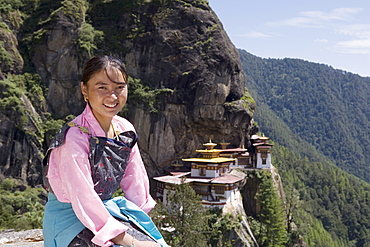 Bhutanese woman, Taktshang Goemba (Tiger's Nest) Monastery, Paro, Bhutan, Asia