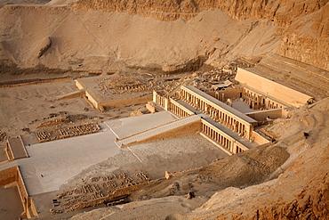 Deir al Bahri, Funerary Temple of Hatshepsut, Thebes, UNESCO World Heritage Site, Egypt, North Africa, Africa