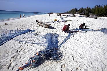Fishermen on Kendwa Beach, Zanzibar, Tanzania, East Africa, Africa
