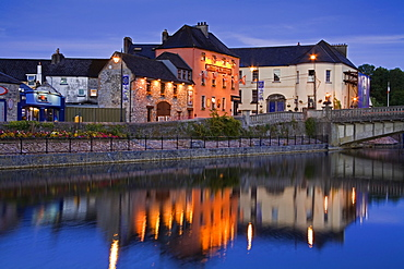 John's Quay and River Nore, Kilkenny City, County Kilkenny, Leinster, Republic of Ireland, Europe