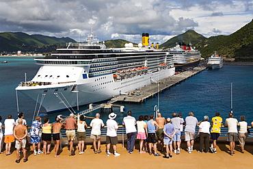 Cruise ship Terminal, Wathey Pier, Philipsburg, St. Maarten, Netherlands Antilles, Leeward Islands, West Indies, Caribbean, Central America