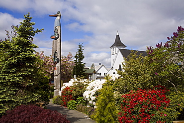 Chief Kyan Totem Pole in Whale Park, Ketchikan, Southeast Alaska, United States of America, North America