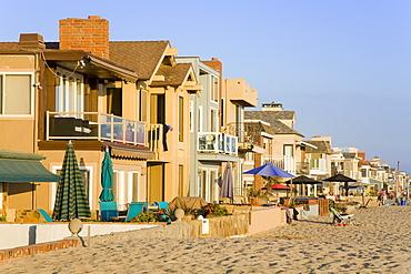 Oceanfront homes in Newport Beach, Orange County, California, United States of America, North America