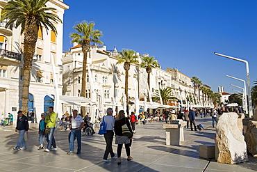 Cafes on the Riva, Split, Dalmatian Coast, Croatia, Europe