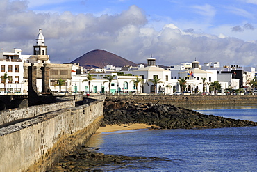 Las Bolas Causeway, Arrecife, Lanzarote Island, Canary Islands, Spain, Atlantic, Europe