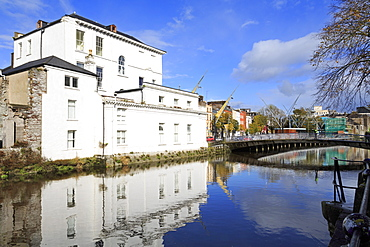 Nano Nagle Bridge over the River Lee, Cork City, County Cork, Munster, Republic of Ireland, Europe