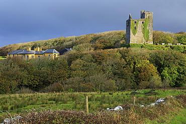 Ballinalackeen Castle near Doolin, The Burren, County Clare, Munster, Republic of Ireland, Europe