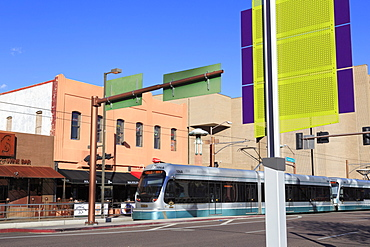 Metro Light Rail on Washington Avenue, Phoenix, Arizona, United States of America, North America