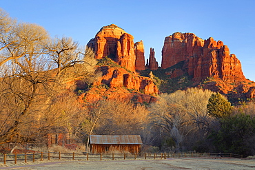 Cathedral Rock at Red Rock Crossing, Sedona, Arizona, United States of America, North America