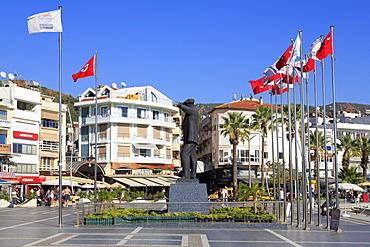 Ataturk Monument, Marmaris, Anatolia, Turkey, Asia Minor, Eurasia