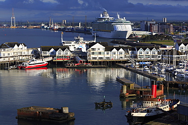 Town Quay, Port of Southampton, Hampshire, England, United Kingdom, Europe