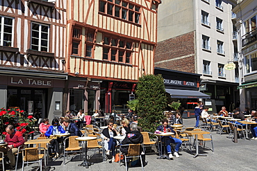 Cafe, Place de la Pucelle, Old Town, Rouen, Normandy, France, Europe
