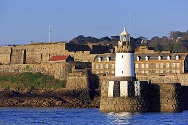 Castle Breakwater Lighthouse, St. Peter Port, Guernsey, Channel Islands, United Kingdom, Europe