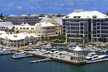 Waterfront on Pitt's Bay, Hamilton City, Pembroke Parish, Bermuda, Atlantic, Central America