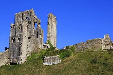 Corfe Castle, Isle of Purbeck, Dorset, England, United Kingdom, Europe