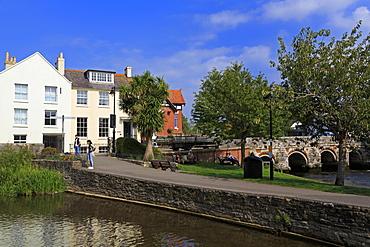 Bridge Street, Christchurch Town, Dorset, England, United Kingdom, Europe