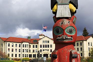 Baranov Totem Pole and Pioneer House, Sitka, Alaska, United States of America, North America