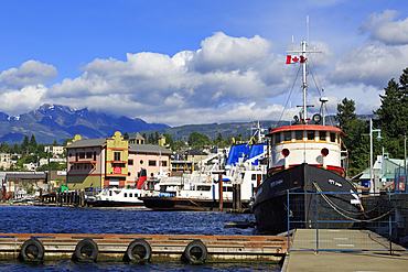 MV Songhee Tugboat, Port Alberni, Vancouver Island, British Columbia, Canada, North America