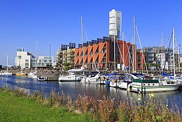Turning Torso skyscraper, Vasta Hamnen Marina, Malmo, Skane County, Sweden, Scandinavia, Europe
