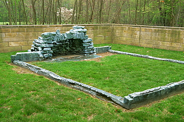 Cabin Site Memorial, Lincoln Boyhood National Memorial, Indiana, United States of America, North America