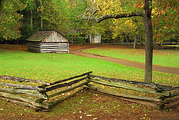Blacksmith shop, Cable Mill area, Cades Cove, Great Smoky Mountains National Park, Tennessee, United States of America, North America