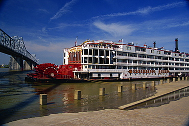 Mississippi Queen riverboat, Louisville, Kentucky, United States of America, North America