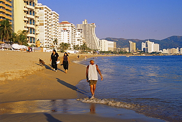 Hornitos Beach, Acapulco, Guerrero State, Mexico, North America