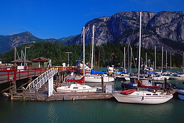 Marina, Squamish Town, west Vancouver, British Columbia, Canada, North America