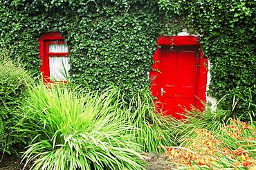 Cottage, County Sligo, Connacht, Republic of Ireland, Europe