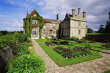 Muckross House, Killarney National Park, County Kerry, Munster, Republic of Ireland, Europe
