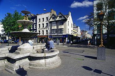 Fountain, Grand Parade, Cork City, County Cork, Munster, Republic of Ireland, Europe