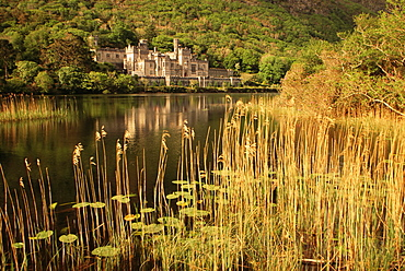 Kylemore Abbey, County Galway, Connacht, Republic of Ireland, Europe