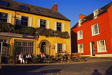 Pub at Summer Cove, Kinsale, County Cork, Munster, Republic of Ireland, Europe