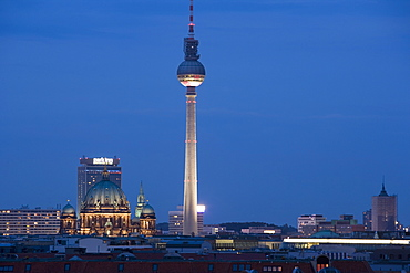 Fernsehturm, Television Tower, Telespargel (Toothpick), evening, Berlin, Germany, Europe