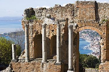 Greek Theatre, view of Giardini Naxos, Taormina, Sicily, Italy, Mediterranean, Europe