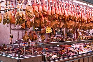 Cured dried hams for sale, Mercado Central (Central Market), Valencia, Mediterranean, Costa del Azahar, Spain, Europe