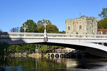 Lamp post on Lendal Bridge, York, Yorkshire, England, United Kingdom, Europe