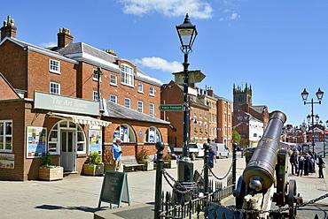 Crimean Cannon outside Ludlow Castle, Ludlow, Shropshire, England, United Kingdom. Europe