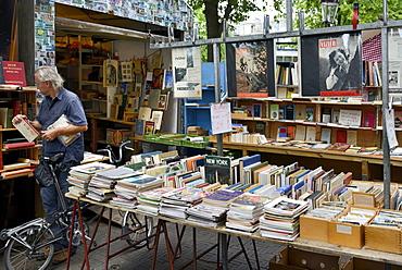 Bookstall on Waterlooplein Flea Market, Amsterdam, North Holland, Netherlands, Europe